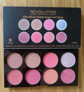 Makeup Revolution: Sugar and Spice Blush Palette
