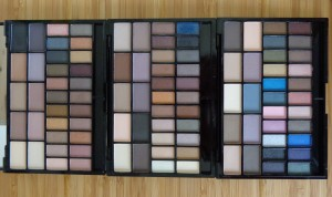 Makeup Revolution: I Heart Makeup - Theme Palettes from left to right U R the Best Thing, You're Gorgeous, Fast Love.