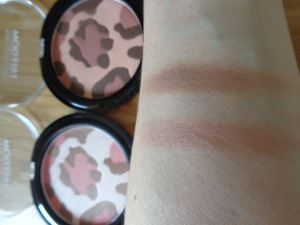 Pro Glows swatches - Meow  (bottom) and Roar (top)