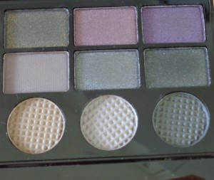 Makeup Revolution Salvation Palette: Hard Day - right of palette
