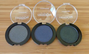 Smoulder mono eyeshadows: 212, 213, 214.