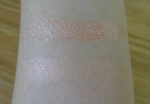 Highlighter swatches: Butterfly Beach (top) and Teasecake.