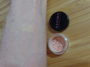 Adorn Cosmetics Natural Loose Illuminiser (trial size)