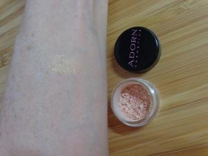 Adorn Cosmetics Natural Loose Illuminiser (trial size)