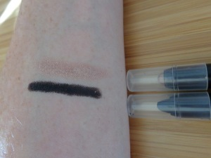 Swatches: Champagne and Pitch Black