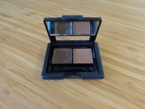 E.L.F. eyebrow kit - medium brown