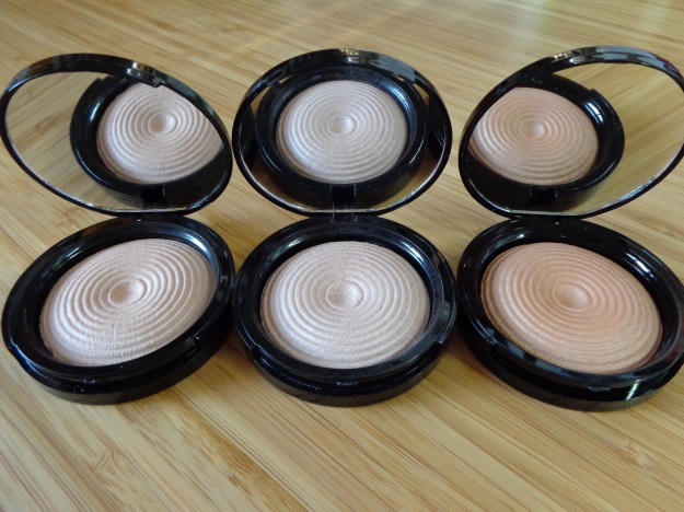 Makeup Revolution - Radiant Lights: Breathe, Exhale and Glow.