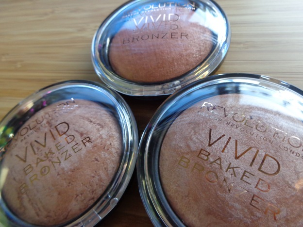 Vivid Baked Bronzer by Revolution Beauty #20